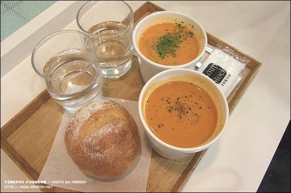 스프 스톡 세트 (900엔) - 스프 2 종류 + 빵