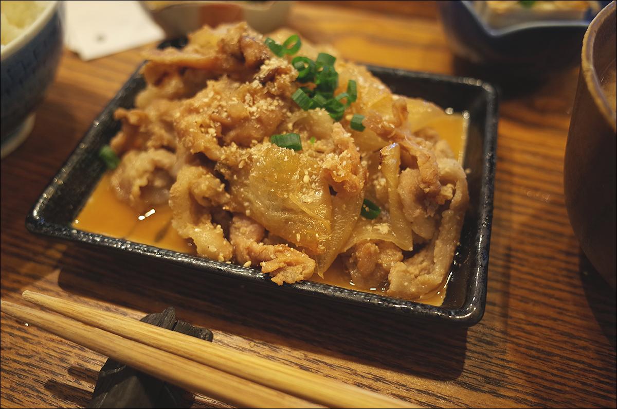 돼지고기 생강 구이 정식- 부타쇼우가야키 정식